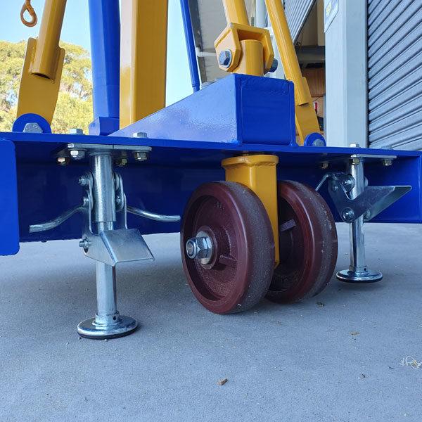 FH78 Floor Crane with Floor Locks