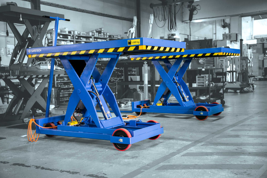 A Picture Of Moveable Scissor Lift Tables